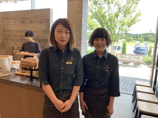 ■店長の黒田さんと副店長渡辺さん。